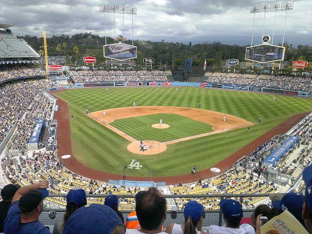Dodger_Stadium.jpg